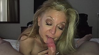 Nina Hartley Reviews My Cock