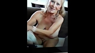 Moms big cowtits and hairy dirty pussy